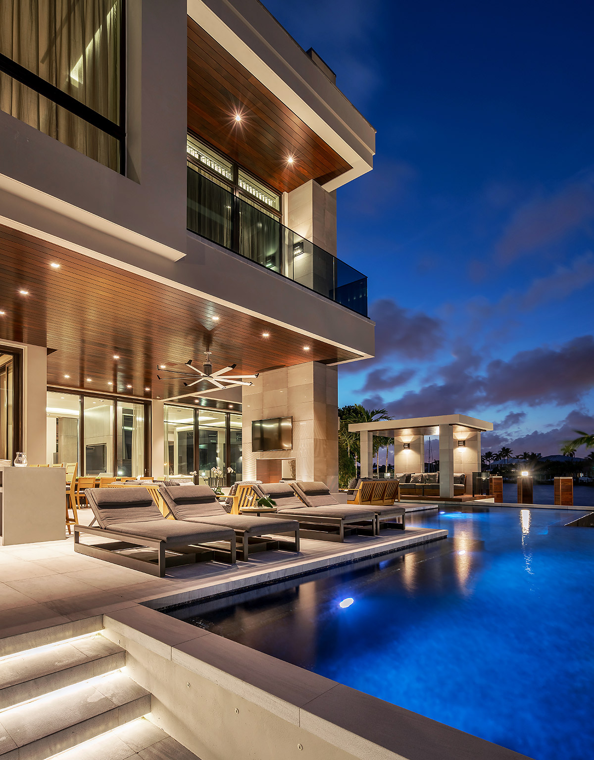 Architectural-Photographer-Fort-Lauderdale-Residence-Exterior-Pool-Twilight