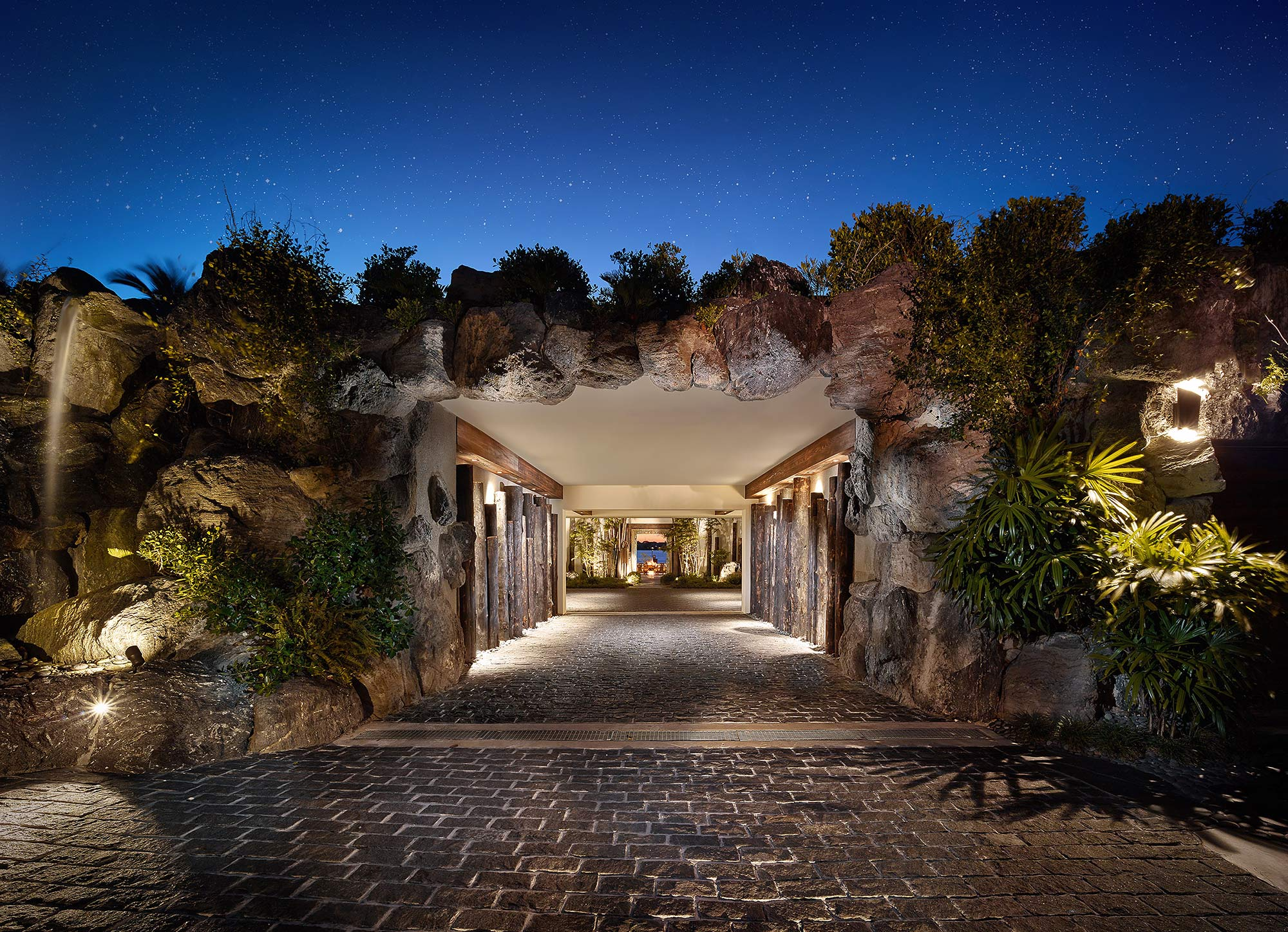 Architectural-Photography-Residential-Stone-Entry-Twilight-Stars