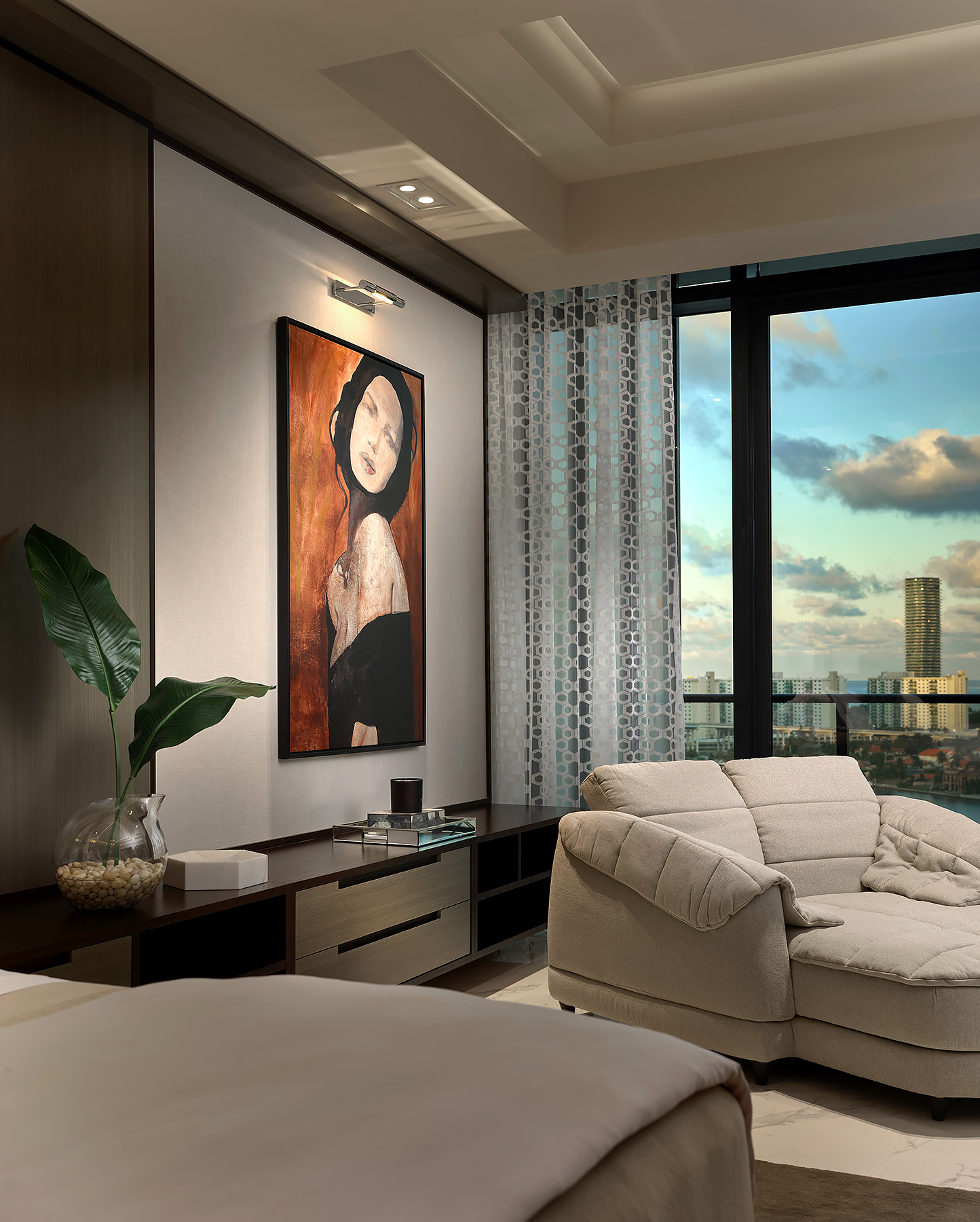 Aventura-Prive-Bedroom-Detail-View