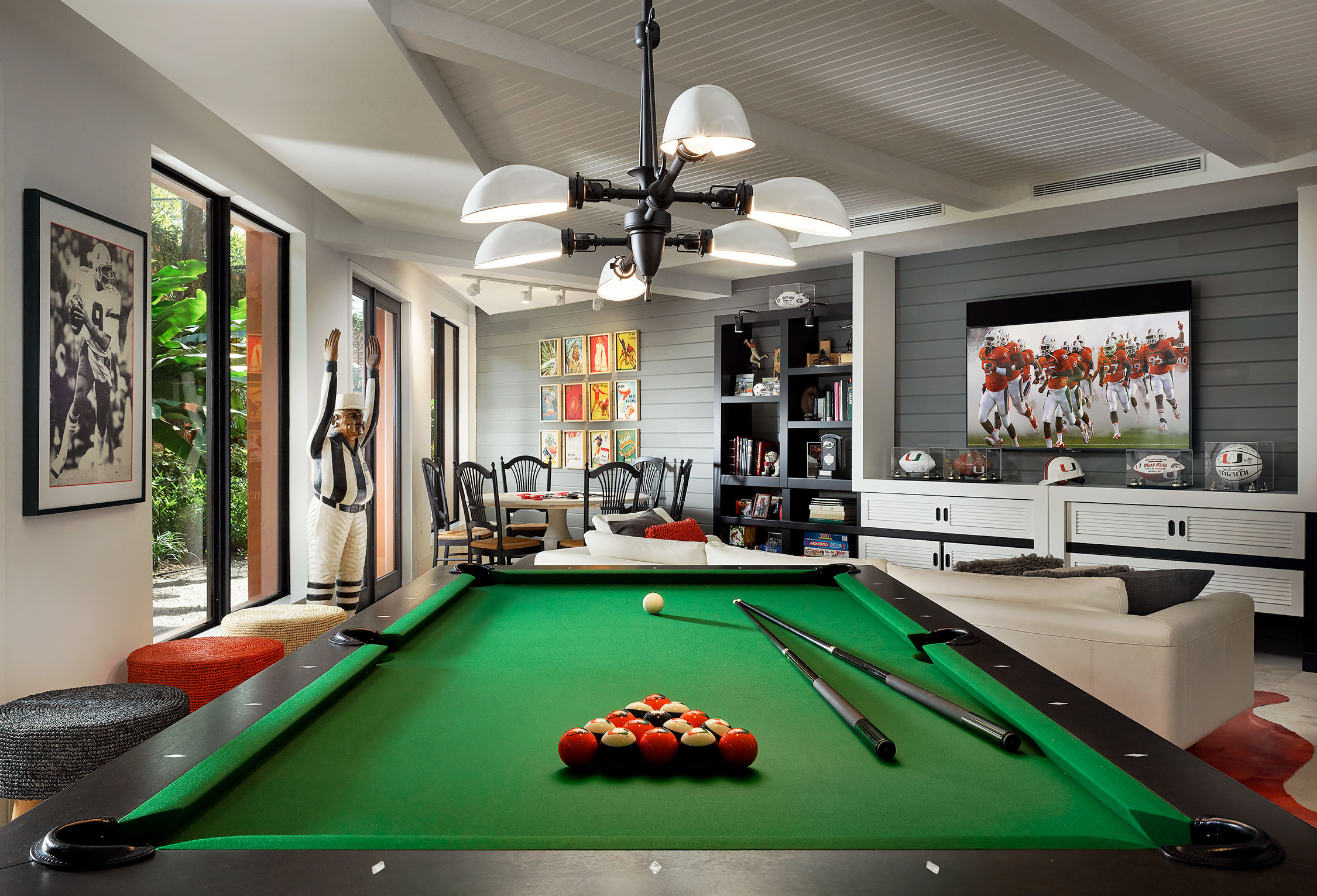 Billiards-Luxury-Residence-Game-Room