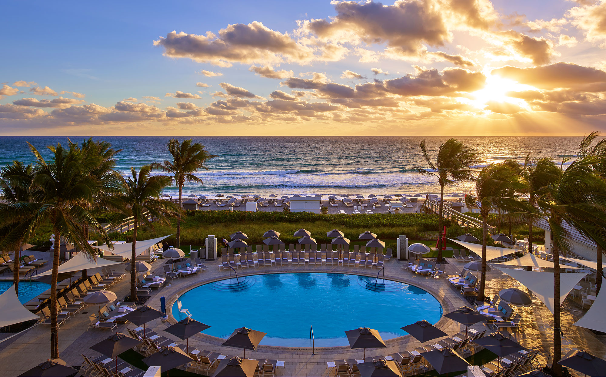 Boca-Beach-Club-Sunrise-Ocean-Boca-Resort-Beach-Club-Pool