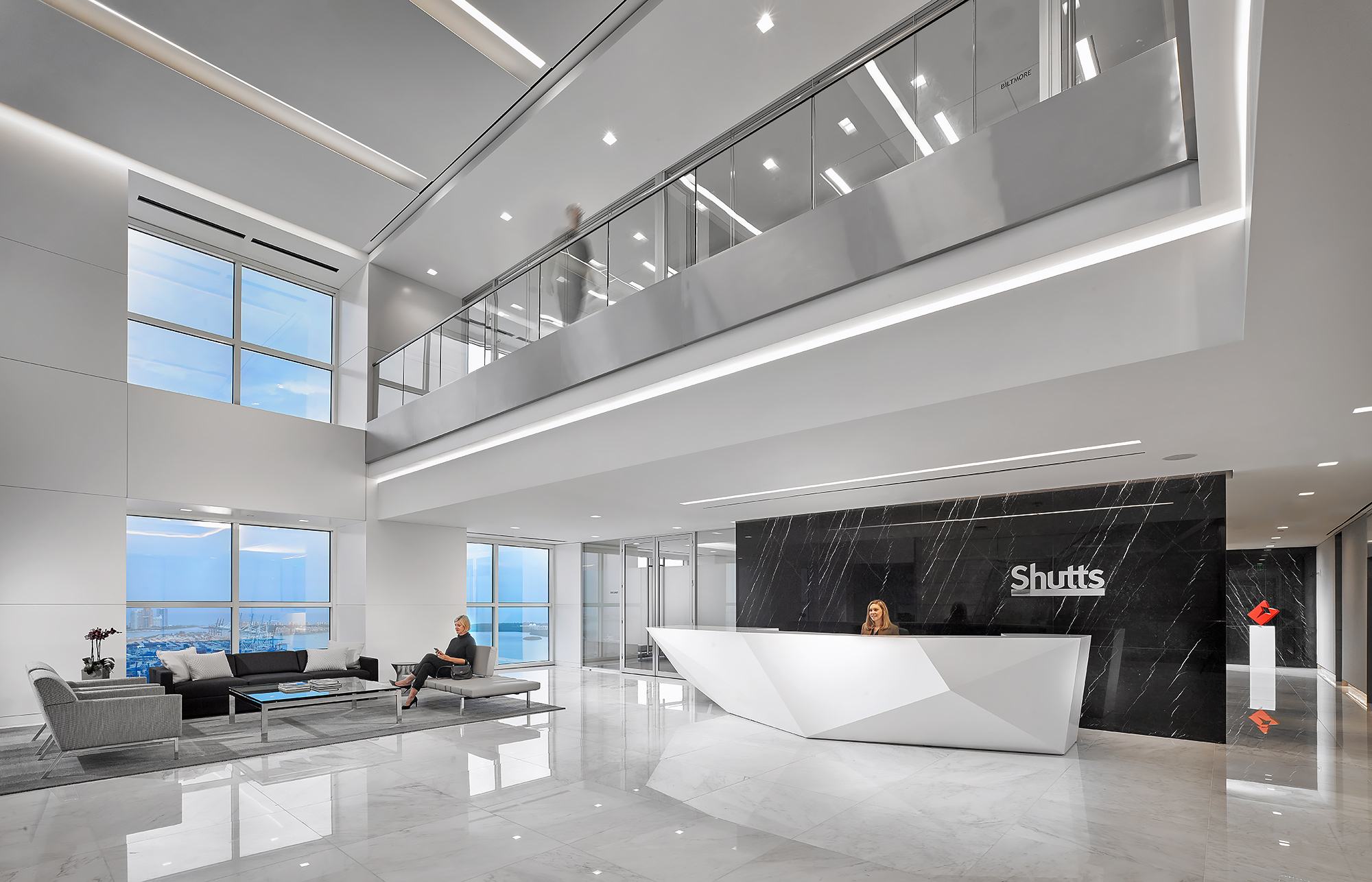 Commercial-Interior-Architecture-Photography-Shutts-Lobby