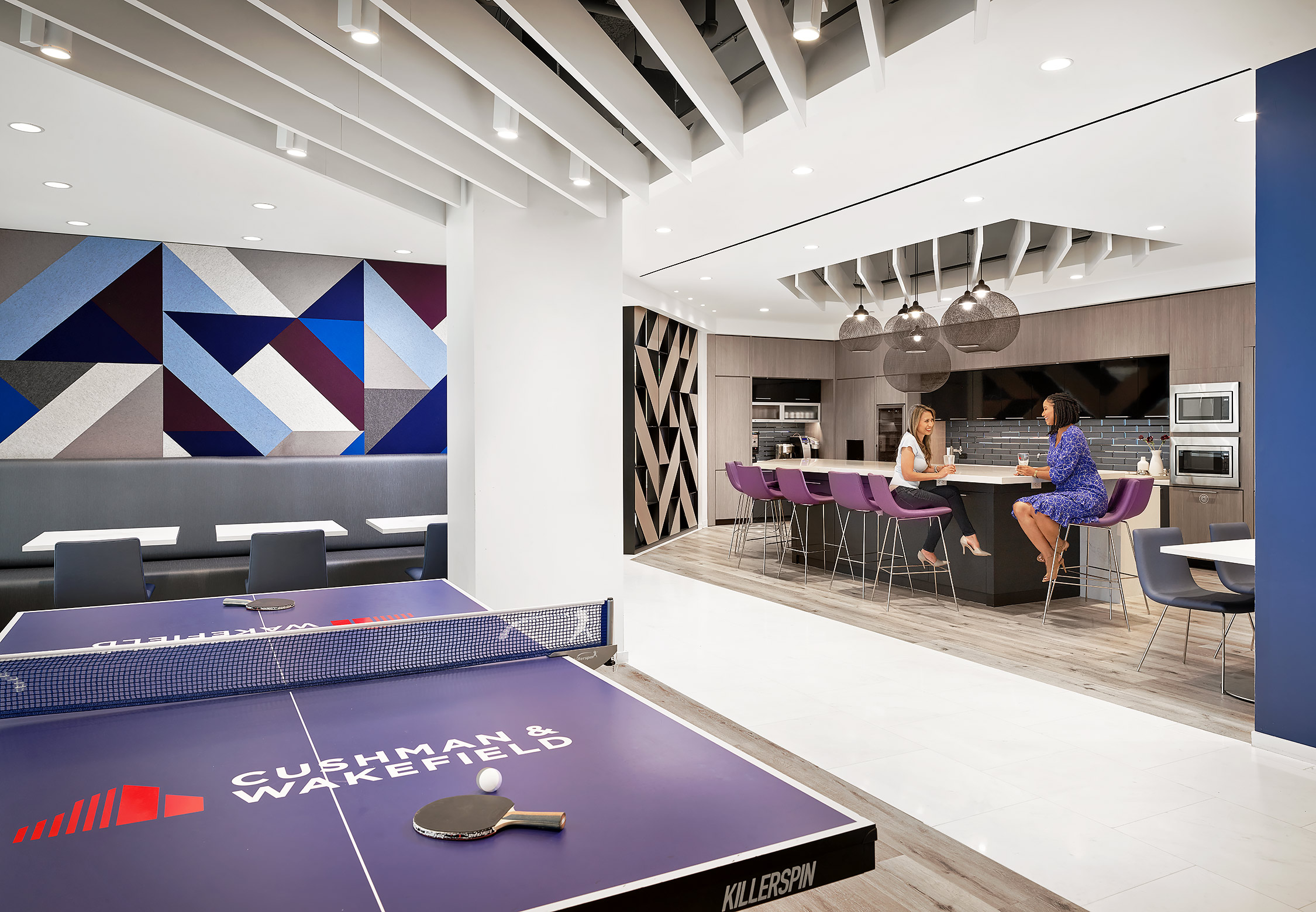 Cushman-Wakefield-Corporate-Office-Break-Room