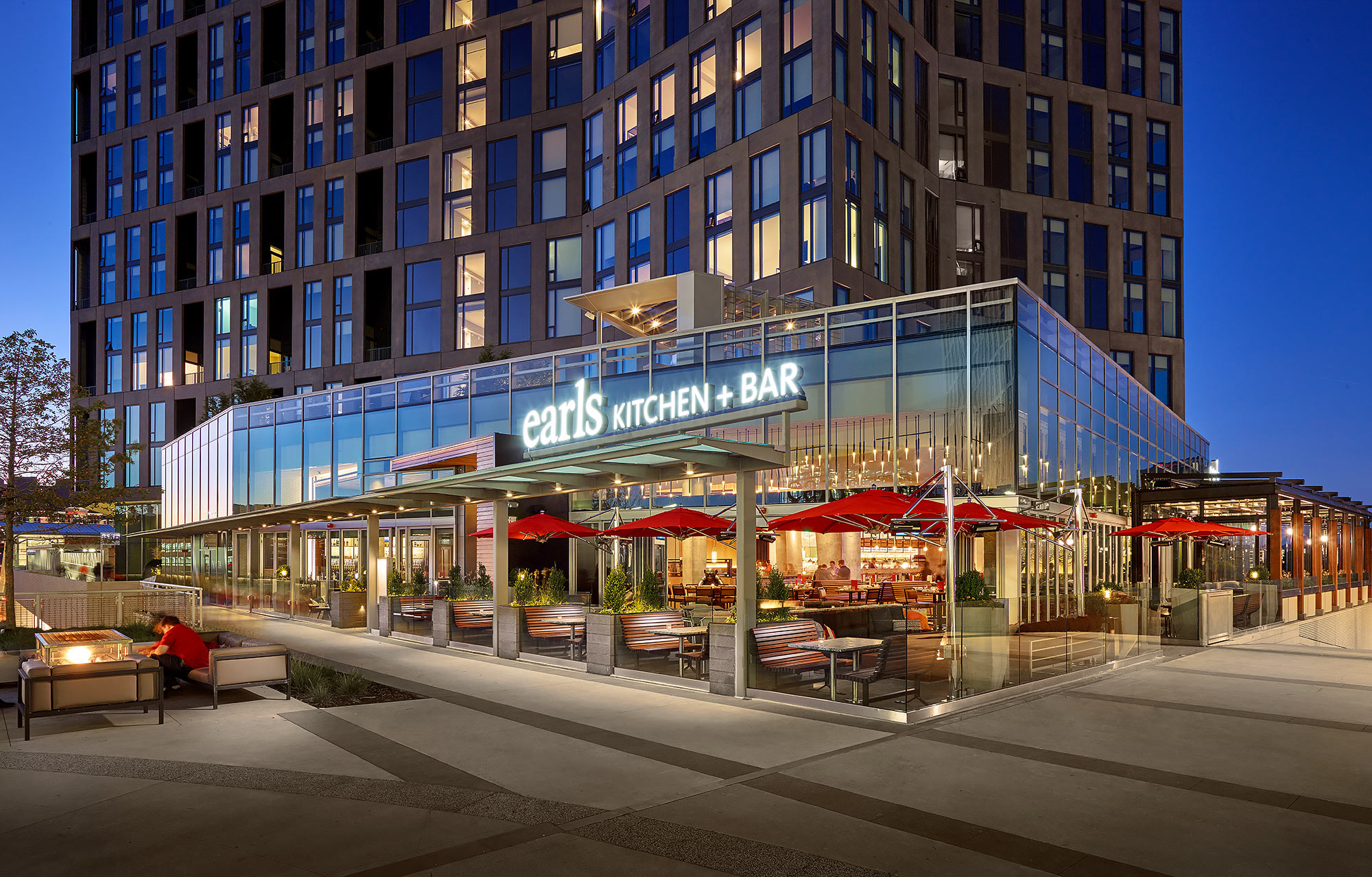 Earls Restaurant Tysons Corner Exterior Architectural