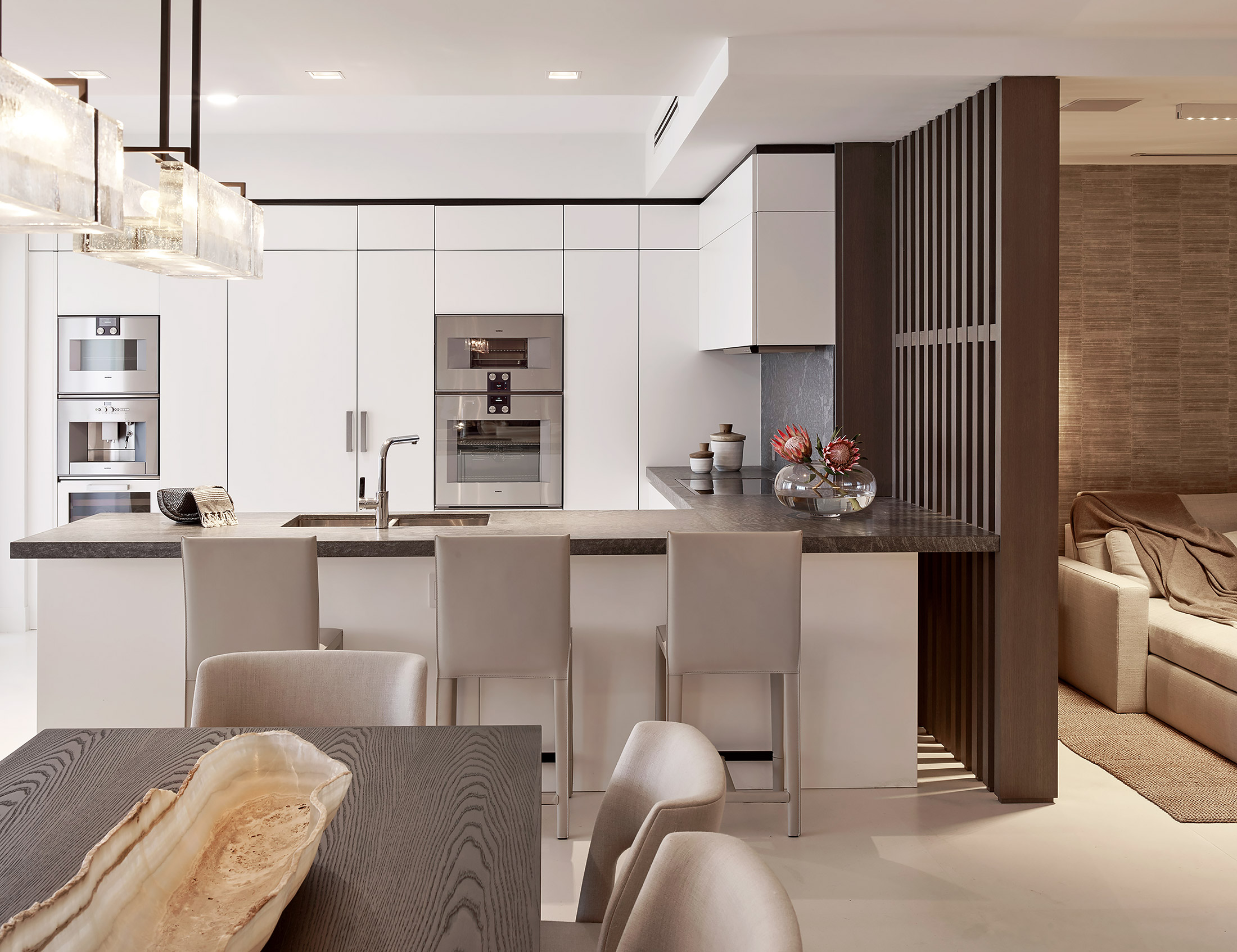 Fisher-Island-Miami-Interior-Design-Kitchen