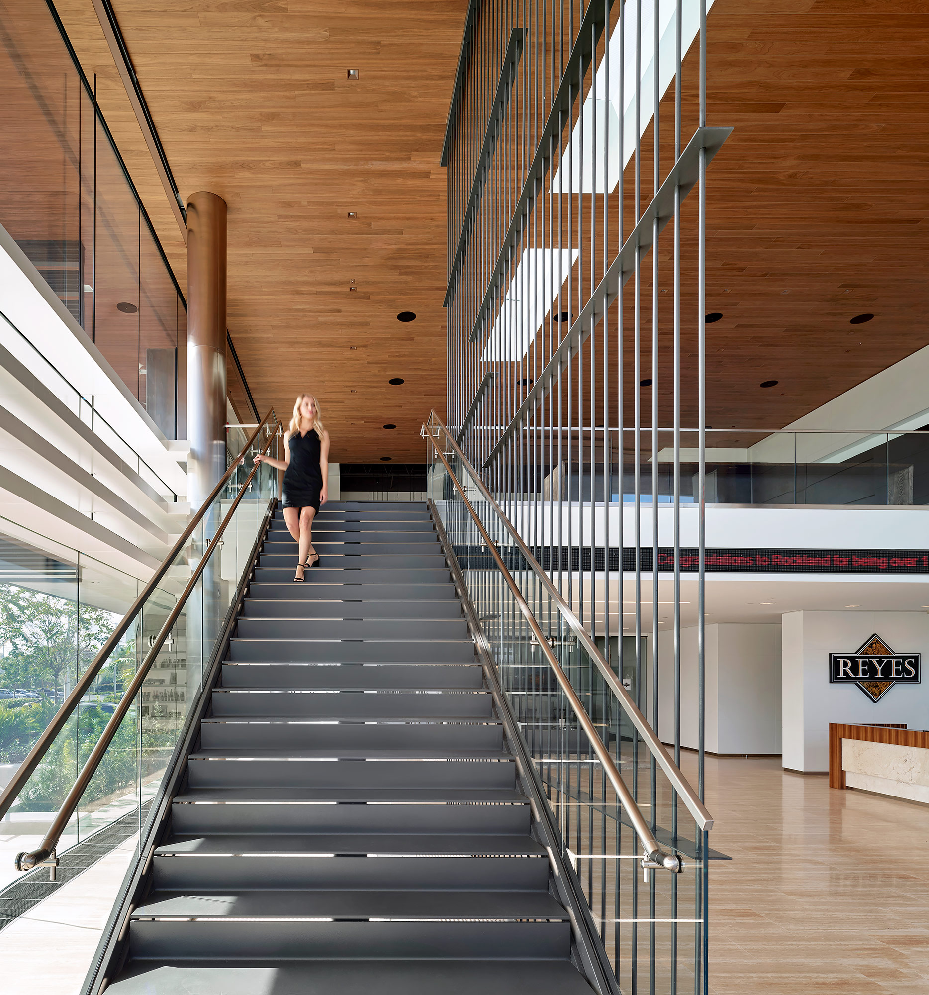Gensler-Design-Architecture-Gold-Coast-Staircase