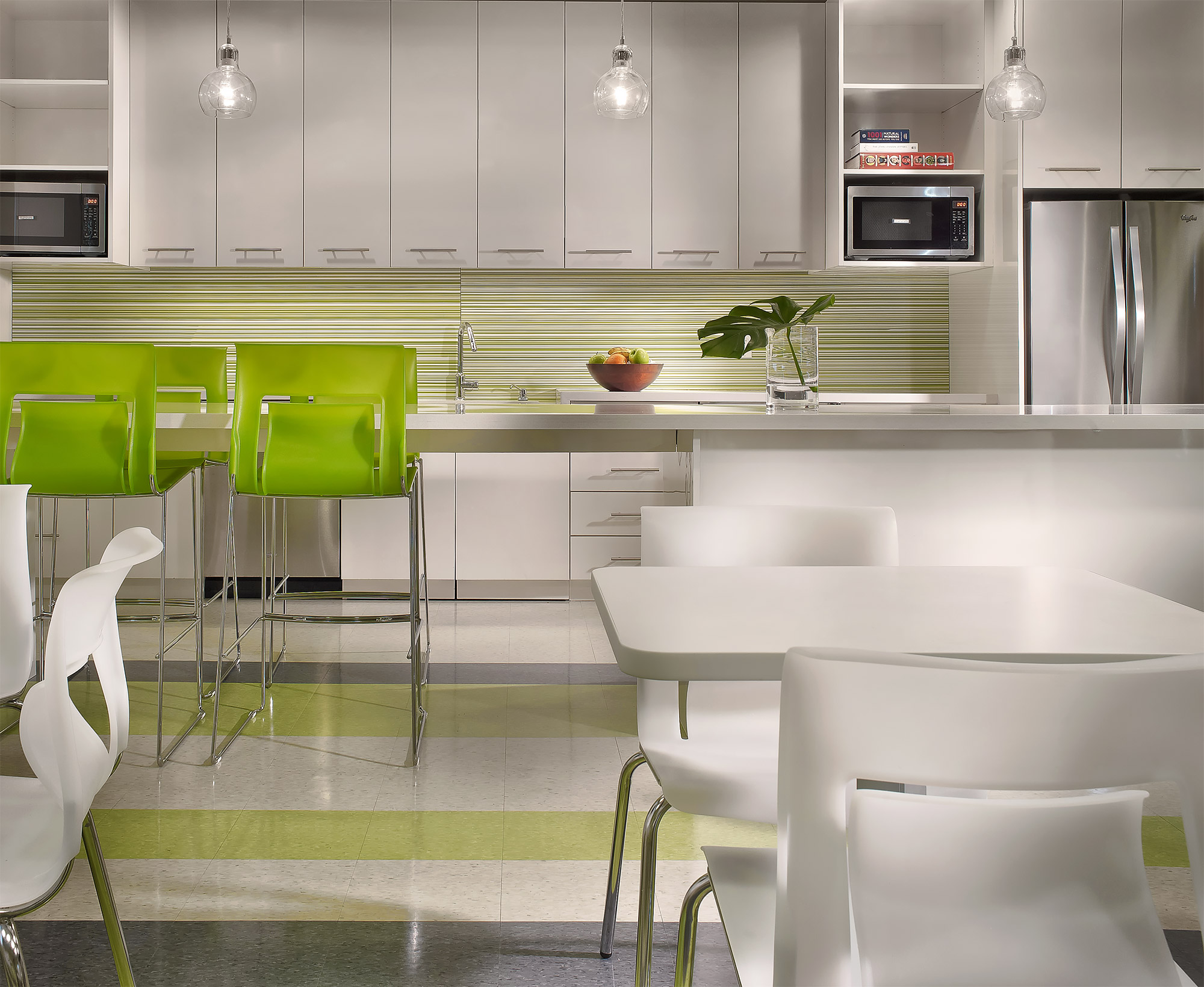 Inktel-Office-Kitchen-Design-Stantec