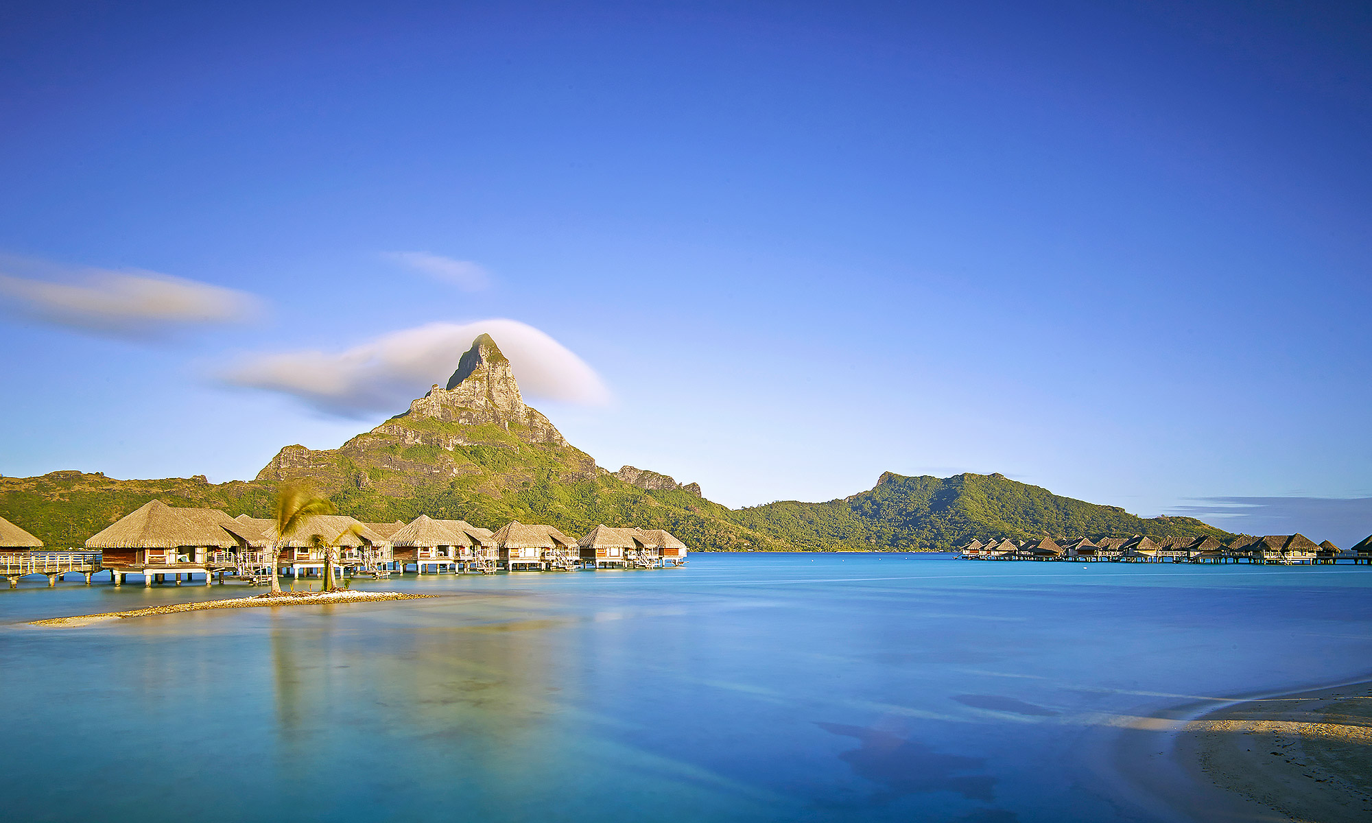 Luxury-Real-Estate-Photography-Bora-Bora-Mountain