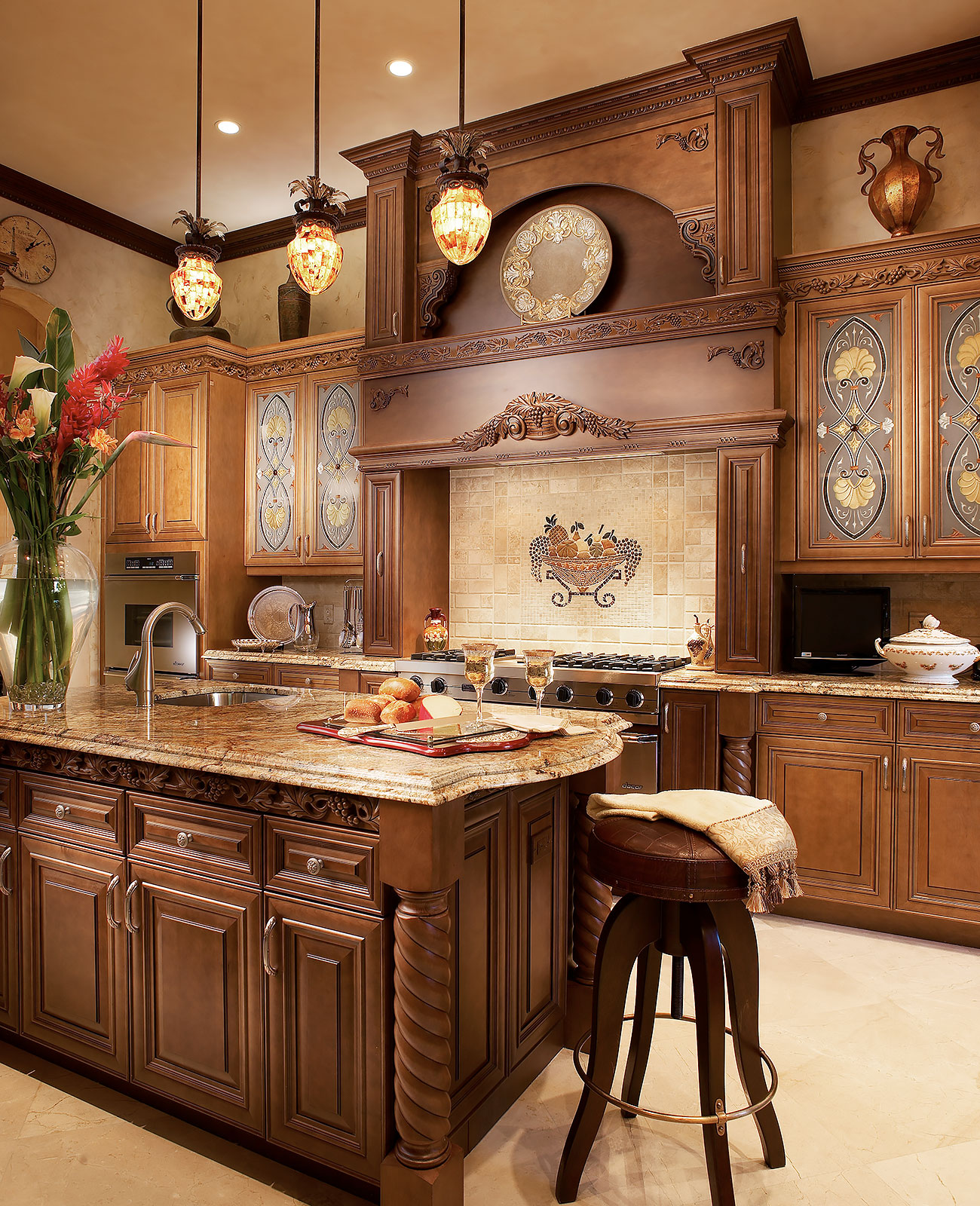 Luxury-Real-Estate-Photography-Kitchen-3
