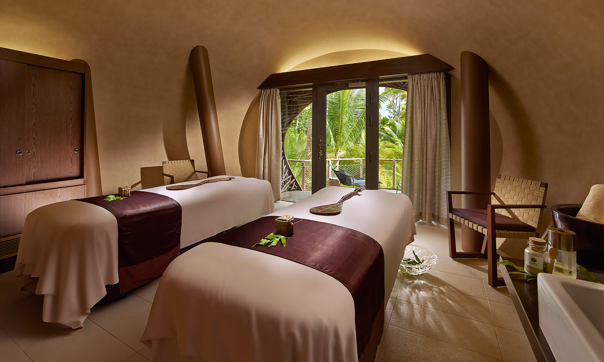 Luxury-Resort-Photography-Tahiti-Brando-Spa