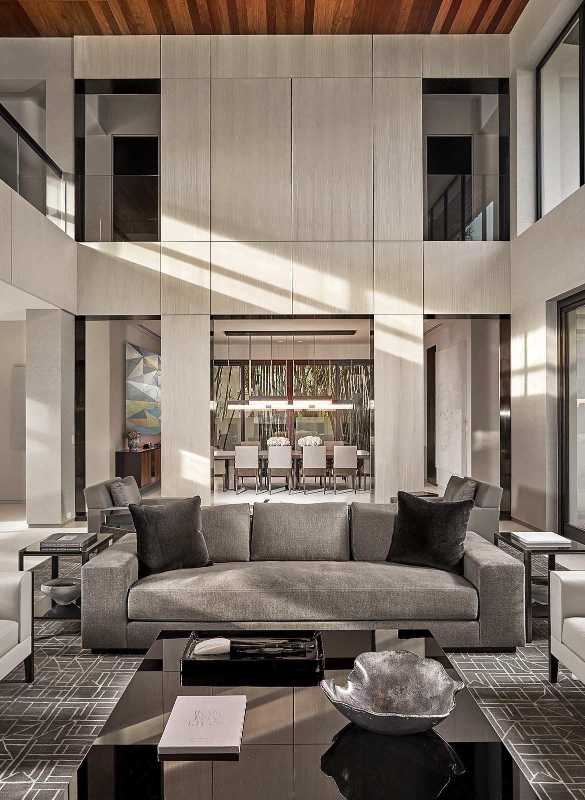Miami-Beach-Contemporary-Living-Room