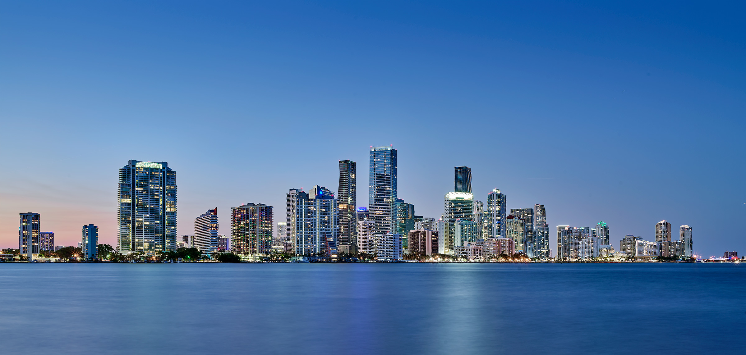 Miami-Downtown-Bay-Skyline-View-Twilight