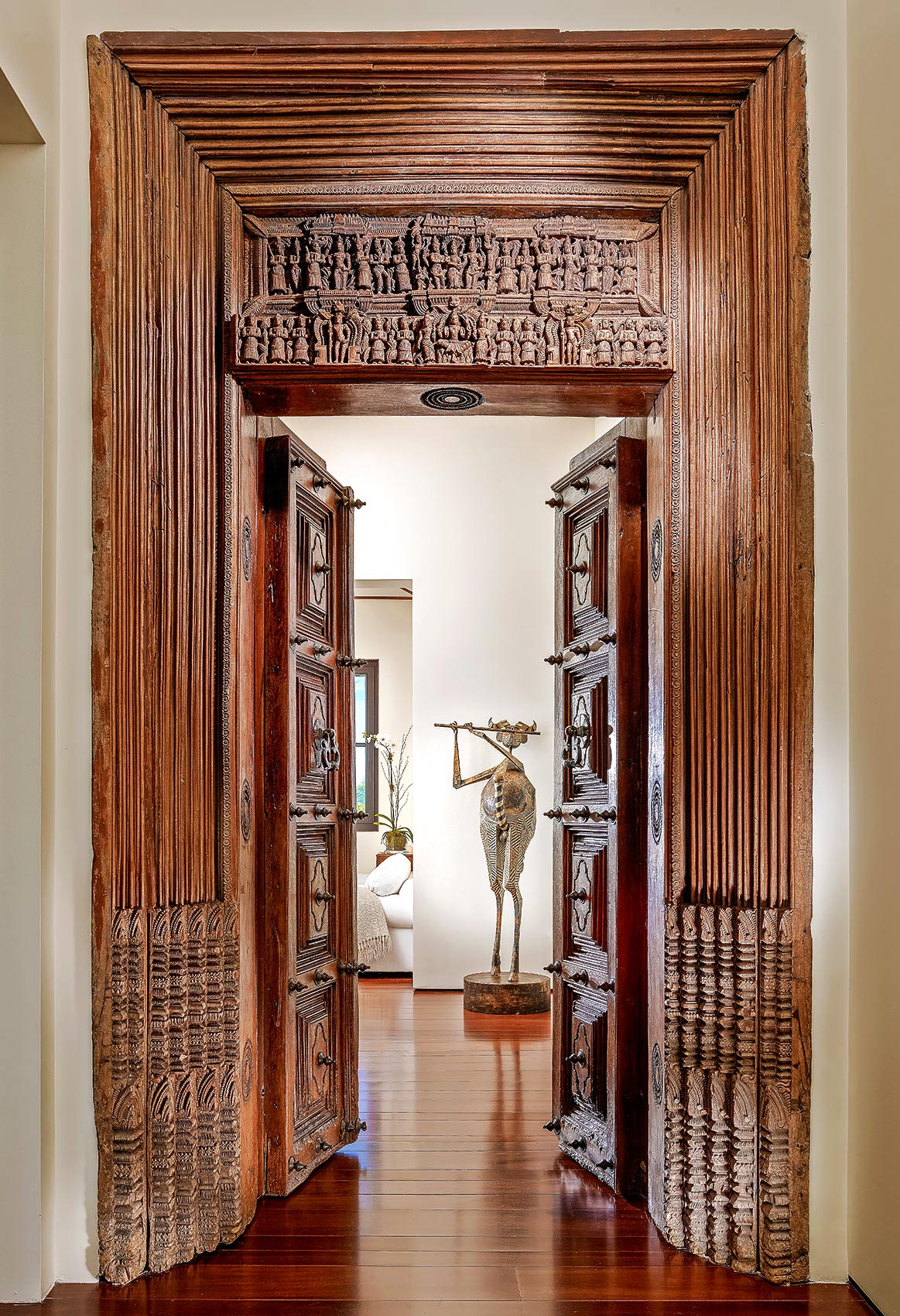 Palm-Beach-Design-Carved-Door-Asian-Fusion