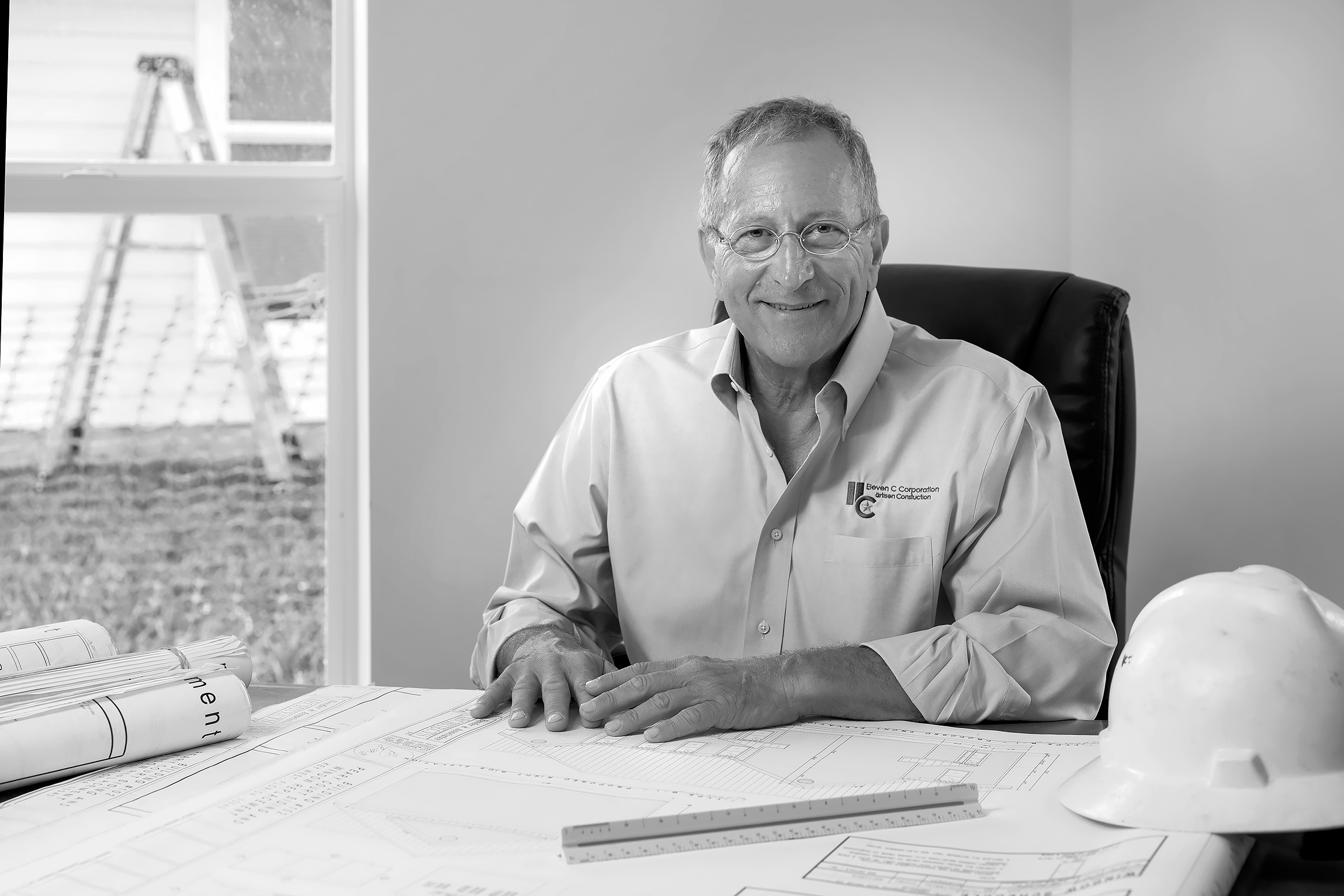 Portrait-of-General-Contractor