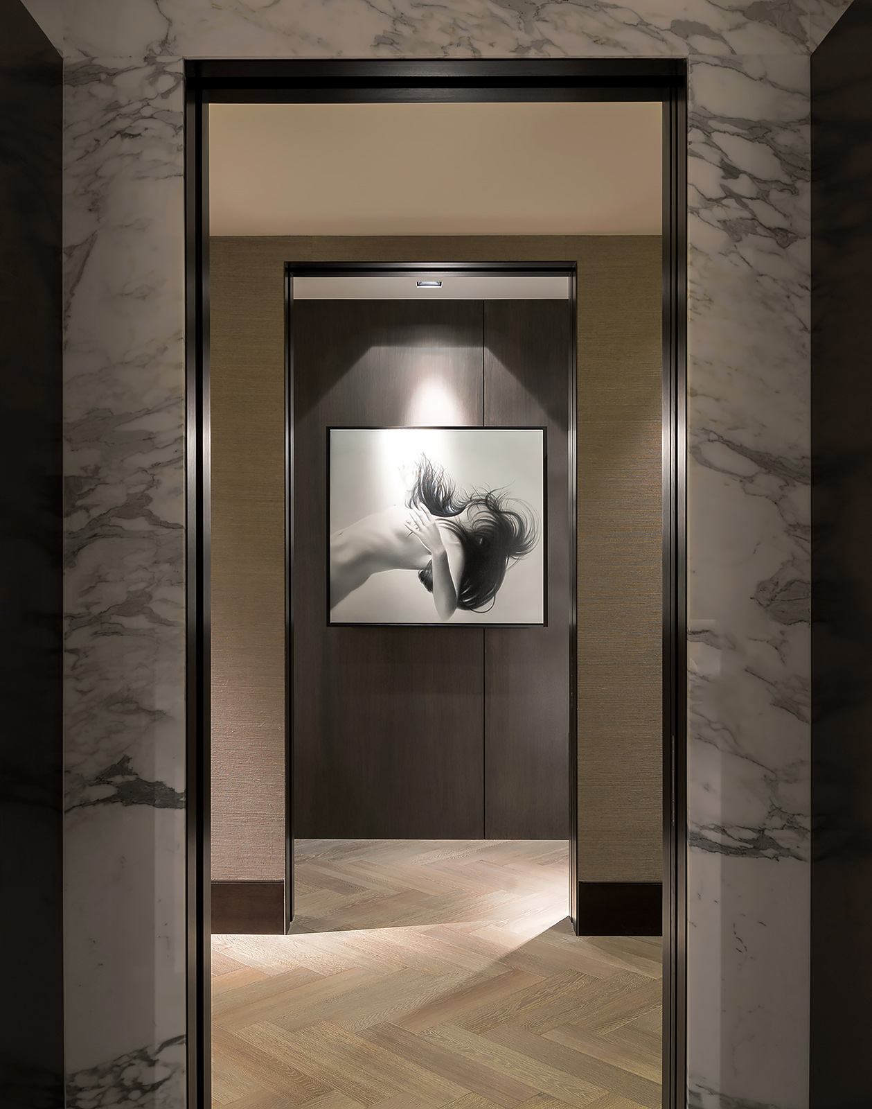 Residential-Interior-Design-Doorway-Art