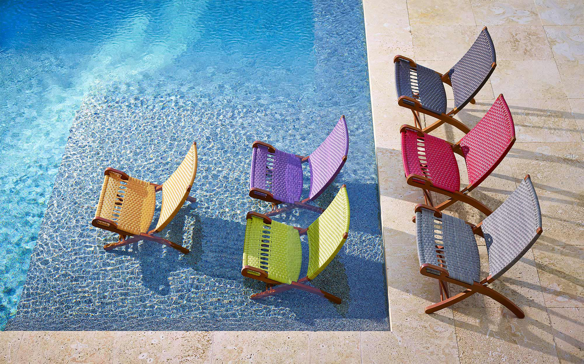 Saccaro-Color-Pool-Chairs-Miami-Photographer