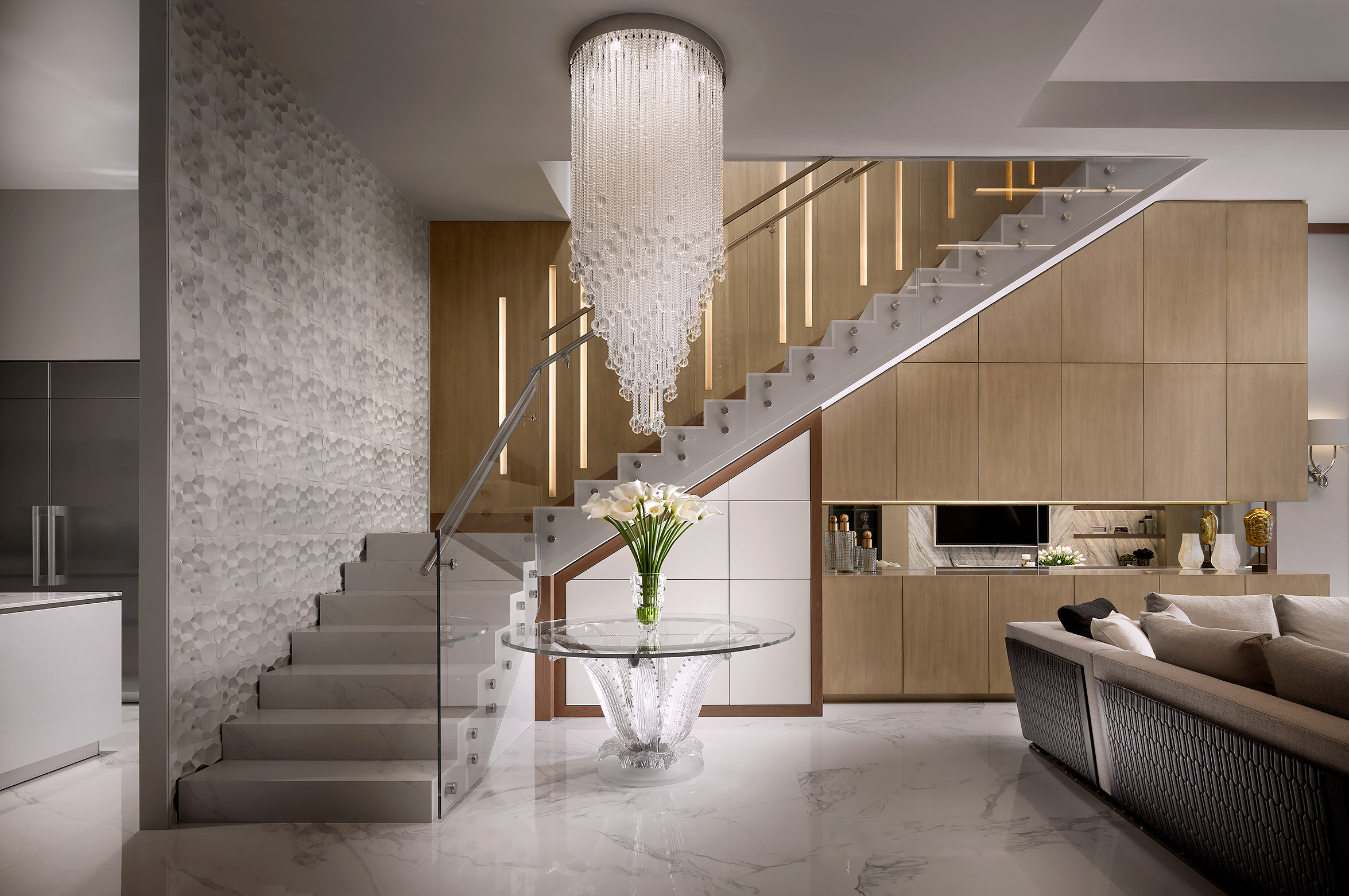 Stairs-Interior-Design-Crystal-Chandelier