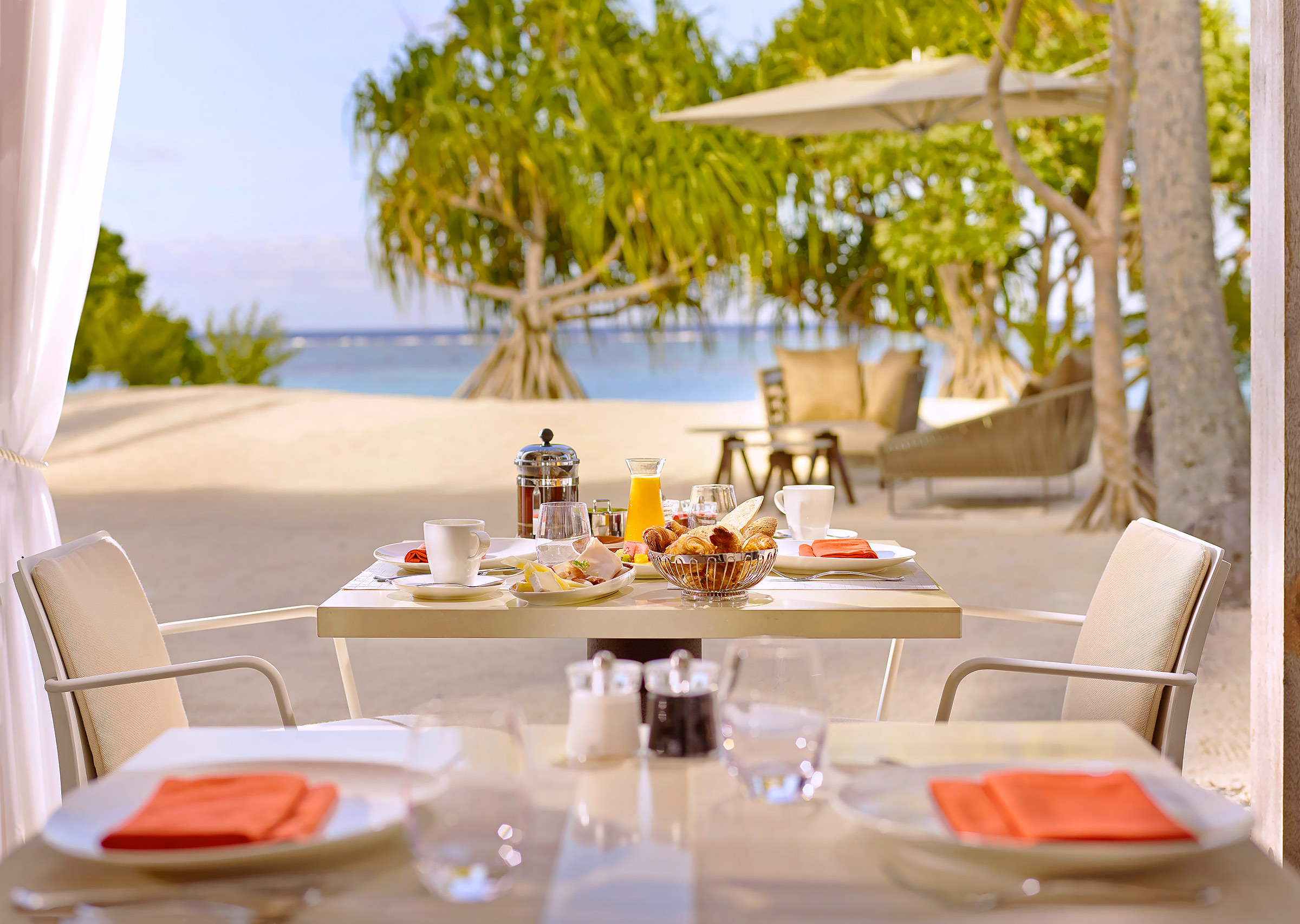The-Brando-Resort-Tetiaroa-Breakfast