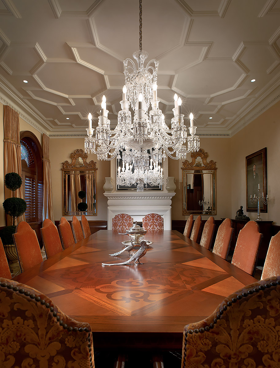 Traditional-Dining-Room-Wood-Inlay-Table-Crystal-Chandelier